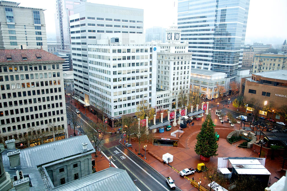 after i arrived home from the ducksarizona game i started seeing stories on the news and online about an arrest the fbi had made in downtown portland
